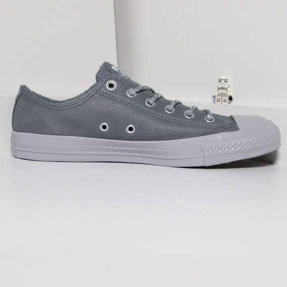 8837d30f50b3b8 Gray Leather Converse All Star Low Top